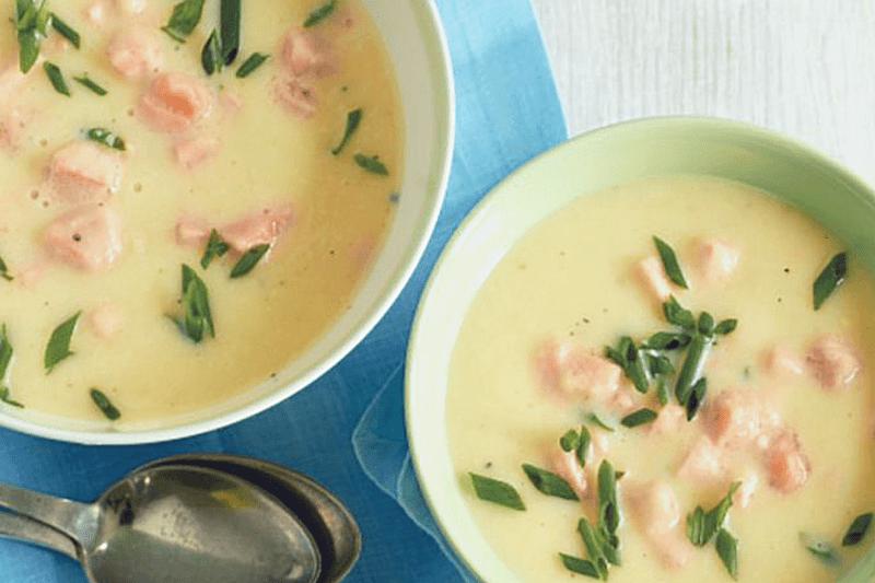 Finnische Kartoffel Lachs suppe